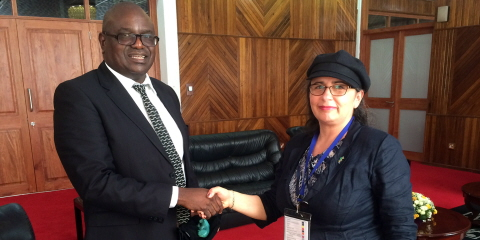 Zambia's Speaker Patrick Matibini shakes hands with Third Deputy Speaker Esabelle Dingizian (Green Party).
